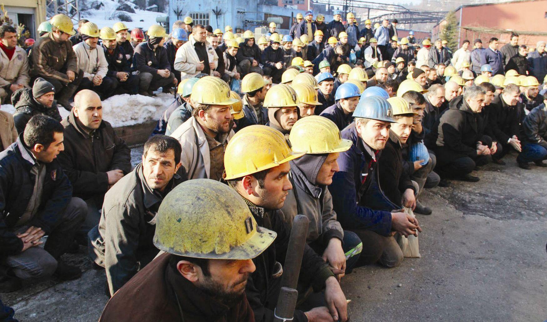 İşçiler ve Asgari ücret
