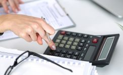 Dijital Hizmet Vergisi ve Değerli Konut Vergisi Komisyondan Geçti